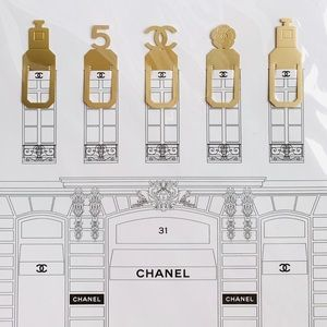 5PC Chanel Gold bookmarks